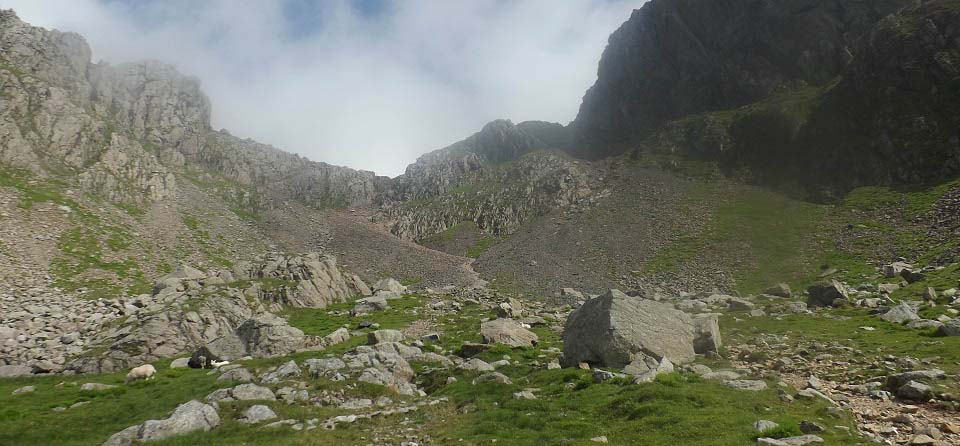 Scafell Pike scrambling section image